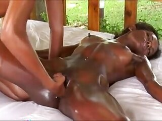Creamalicious tries to fist her tight pussy